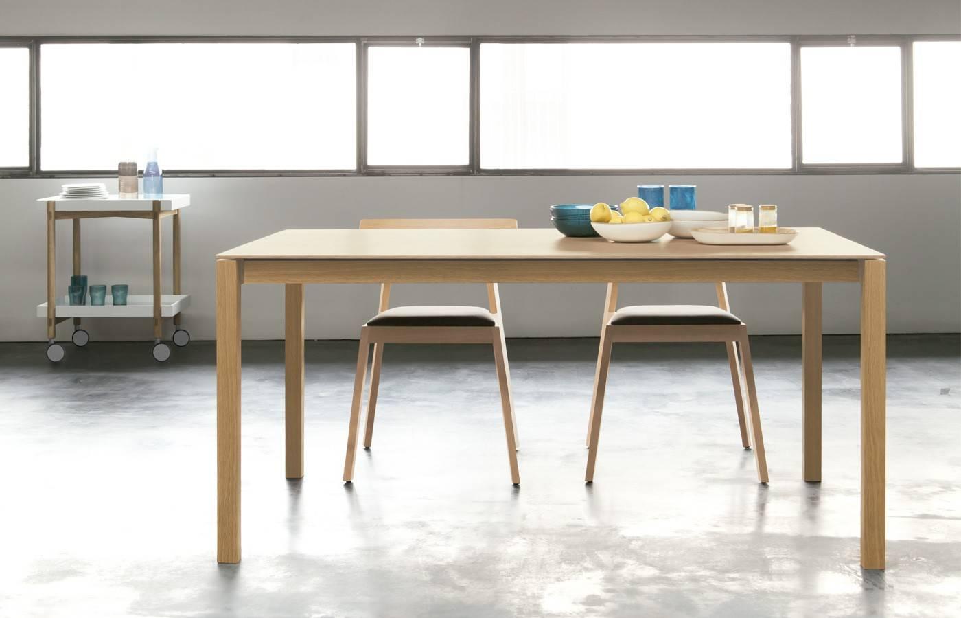 Mesa de comedor bass dismobel for Mesas de comedor cuadradas grandes