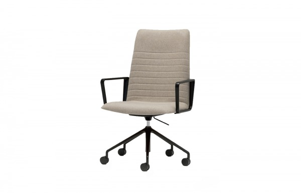 Silla Flex Executive con reposabrazos de Andreu...