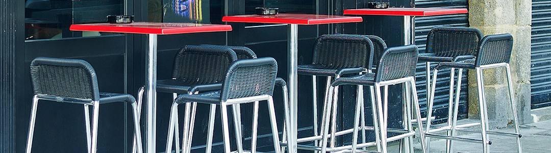 Taburetes y mesas altas Hostelería