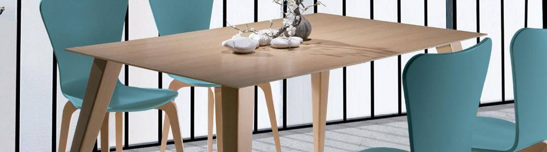 Mesas de comedor fijas estándar