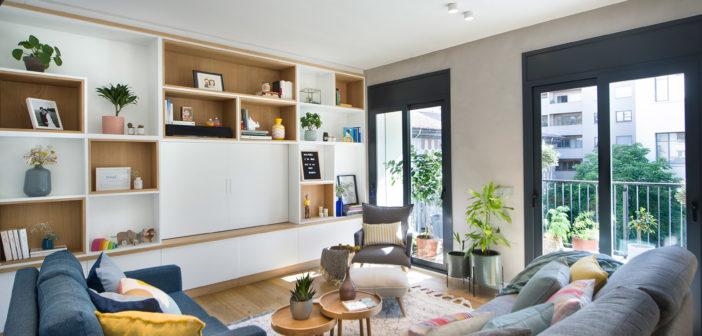 Egue y Seta rediseña un piso de los años 50 en Girona convirtiéndolo en un espacio cálido y luminoso con acertadas pinceladas de color