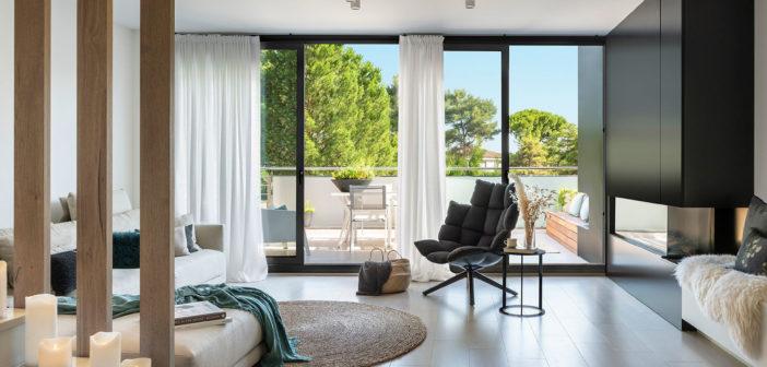 Dawn House, una casa rendida a los placeres de la naturaleza y el sol, diseñada por Susanna Cots