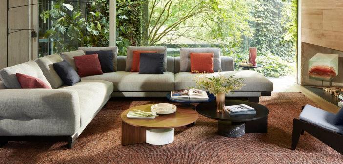 Patricia Urquiola diseña el sofá Sengu de Cassina  que redescubre la dimensión convivencial gracias a sus formas abiertas