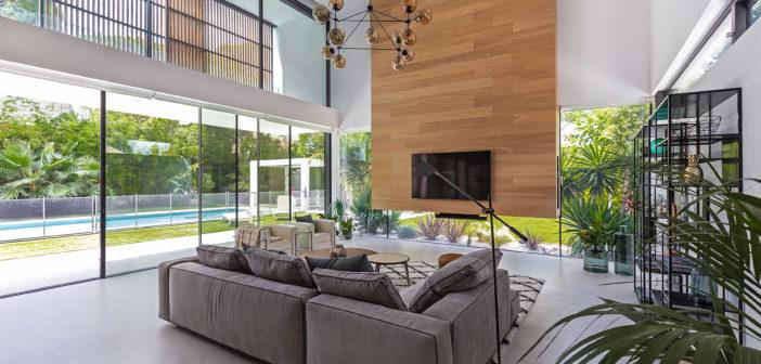 Coblonal realiza el diseño interior de una vivienda unifamiliar cerca de Barcelona con el foco en un estilo de vida muy mediterráneo