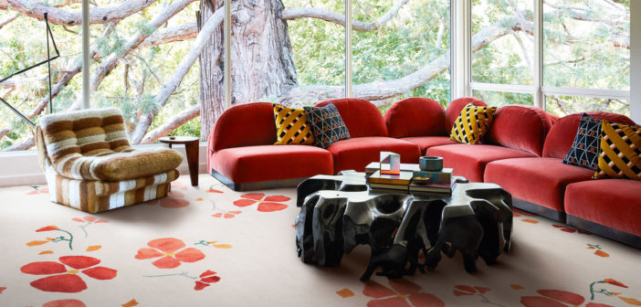 Las diseñadoras de moda Kate y Laura Mulleavy se inspiran en las amapolas de California en esta nueva colección de The Rug Company