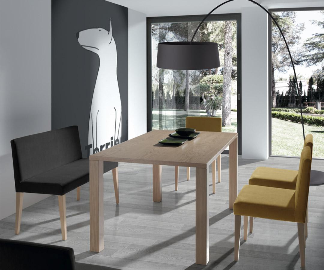 Nuevas propuestas de mesas y sillas para el comedor en la for Sillas comedor nuevas