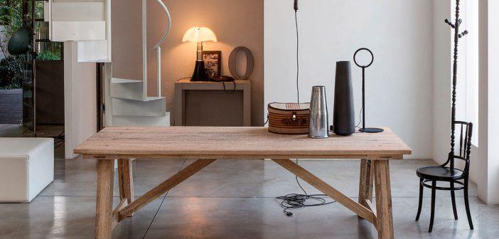 La marca italiana Devina Nais da valor a la madera mediante la fabricación artesanal y el cuidado de los acabados