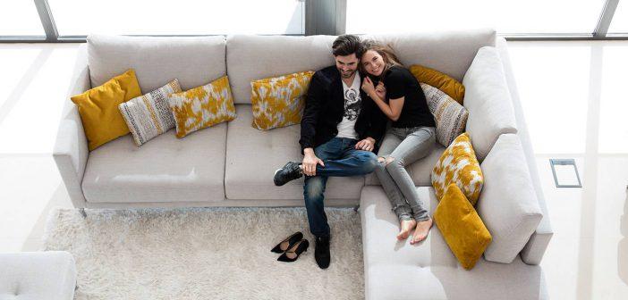 Disfruta en casa de los innovadores sofás de Fama