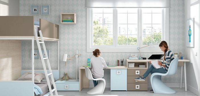Arasanz ofrece soluciones completas para dormitorios juveniles, en poco espacio.